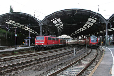 111 158 (91 80 6111 158-2 D-DB) at Aachen Hbf on 6th October 2014 (2)
