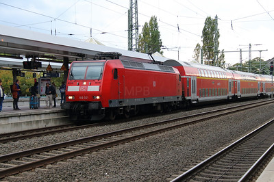146 021 (91 60 6146 021-1 D-DB) at Duren on 6th October 2014 (2)