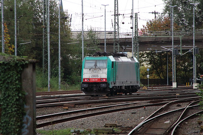 SNCB, 2805 (91 88 7186 197-0 B-B) at Aachen West on 6th October 2014 (4)