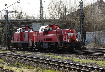 261 049 (92 80 1261 049-1 D-DB) at Meckelfeld on 22nd March 2017 (2)