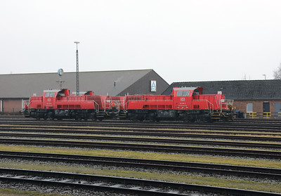 261 099 (92 80 1261 099-6 D-DB) at Itzehoe on 20th March 2017 (1)
