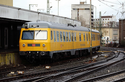 99 80 9160 001-1 D-DB) at Bremen HBF on 18th March 2017 (2)
