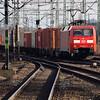 152 076 (91 80 6152 076-6 D-DB) at Hamburg Harburg on 21st March 2016 (1)
