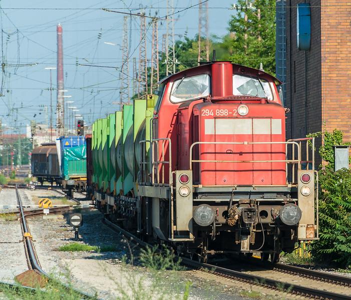 DB 294-898