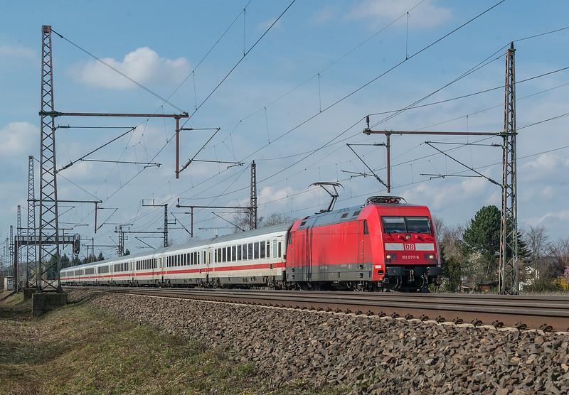 DB 101-077