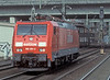 The 189 locos are still a rarity at Hamburg Harburg - 189.091 passes through on 8 March 2006