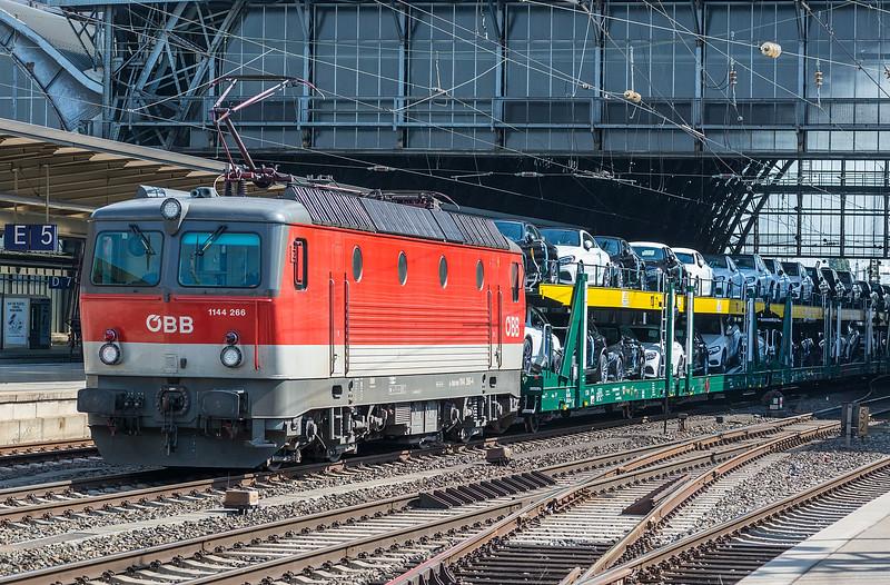 OBB 1144 286 Bremen Hbf. 14th September 2018