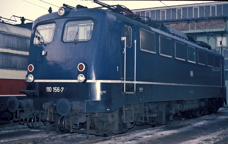 DB 110.156 at Bw Stuttgart on 29 January 1989