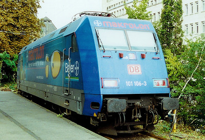 101 106 at Aachen HBF on 1st September 2002