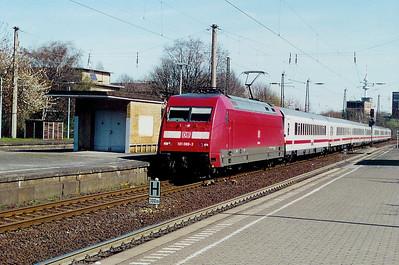 101 088 at Bochum HBF on 8th April 2003