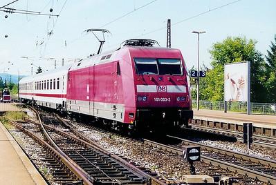101 003 at Denzlingen  on 12th June 2002