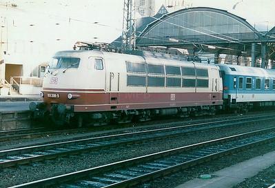 103 208 at Aachen Hbf on 1st February 1998