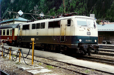 111 208 at Brenner on 29th May 1992