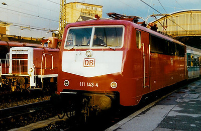111 143 at Aachen Hbf on 14th December 1997