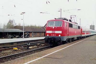 111 008 at Schwerte (Ruhr) on 8th April 2003