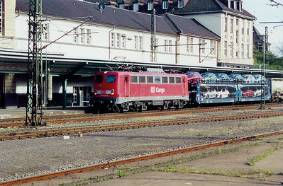 140 432 at Darmstadt HBF on 6th April 2003
