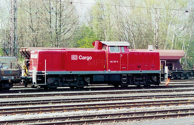 294 357 at Gladbeck West on 9th April 2003