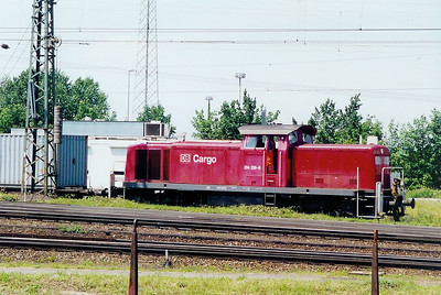 294 230 at Weil am Rhein on 13th June 2002