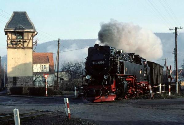 Deutsche Reichsbahn 99 7245, leaving Ilfeld, Sat 12 February 1977.  Photo by Les Tindall.