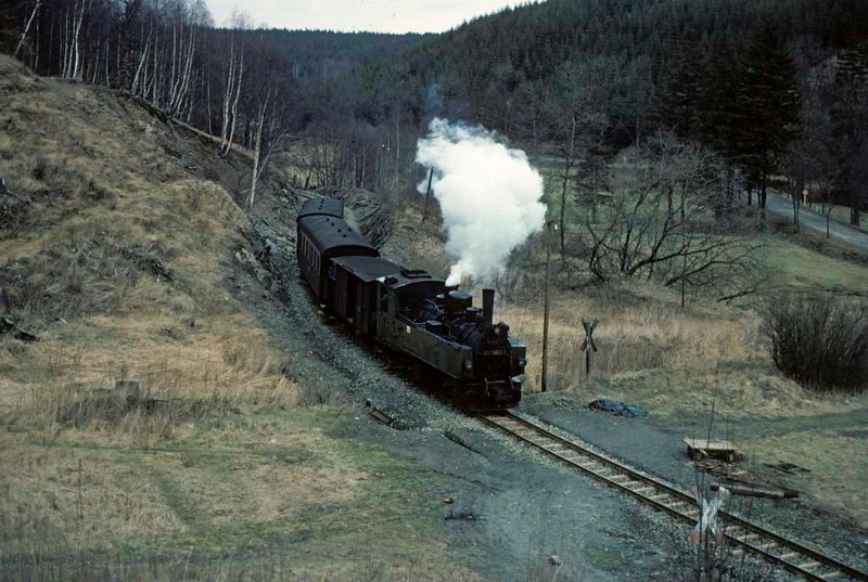 Deutsche Reichsbahn 99 5903, leaving Silberhutte for Strassberg, Sat 12 February 1977.  The mixed train's rear wagons had been detached at Silberhutte.  Photo by Les Tindall.