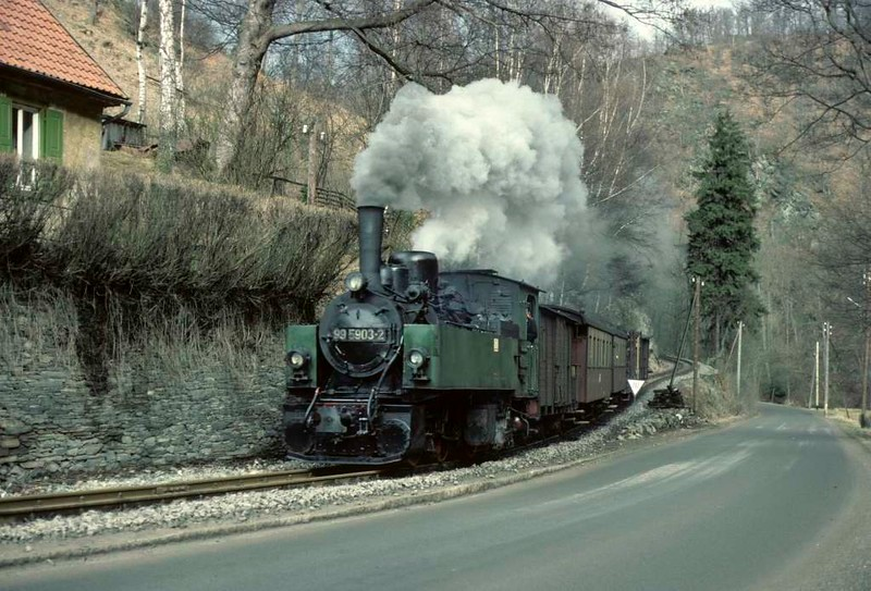 Deutsche Reichsbahn 99 5903, approaching Alexisbad from Magdesprung, Sat 12 February 1977.  Photo by Les Tindall.