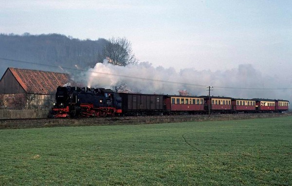 Deutsche Reichsbahn 99 7245, approaching Nordhausen, Sat 12 February 1977.  Photo by Les Tindall.