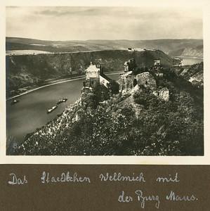 das Städtchen Wellmich mit der Burg Maus