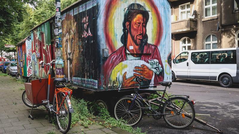 More street art in Kiefernstrasse, Düsseldorf.
