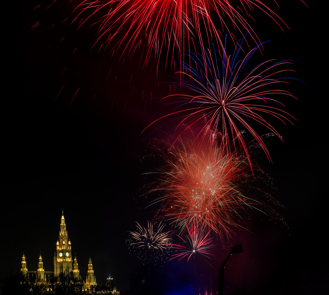 New Year's Fireworks; City Hall; Wien; Austria