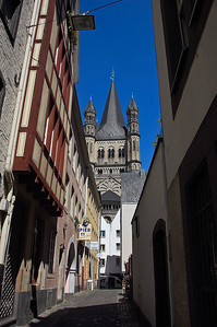 cologne-germany-alley