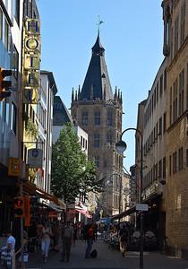 cologne-street-scene-2