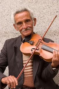 Augsburg Street Musician