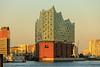 Elbphilharmonie bei Sonnenuntergang, Hamburger Hafen