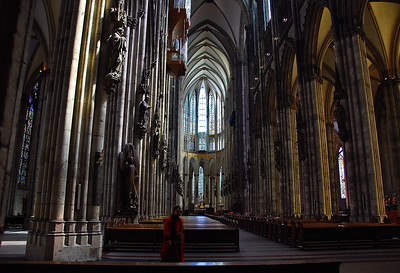cologne-cathedral-priest