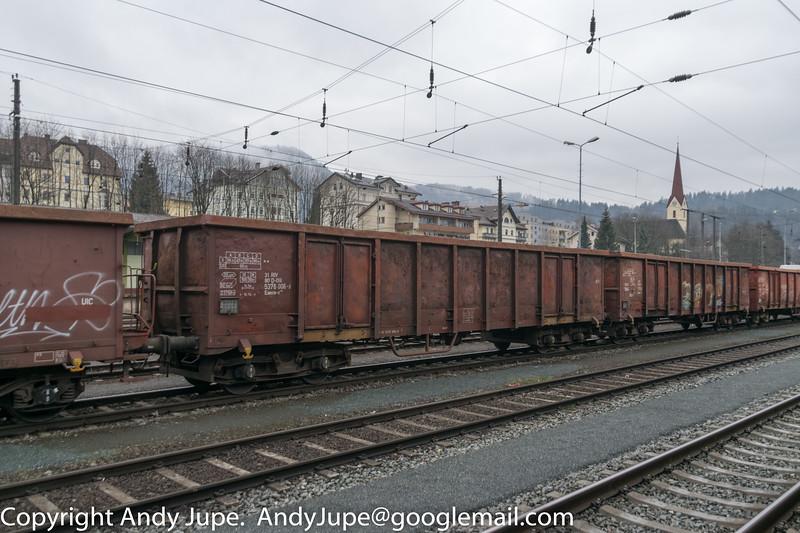31805376006-8_a_Eanos-x_ntn01520_Kufstein_Austria_16022016