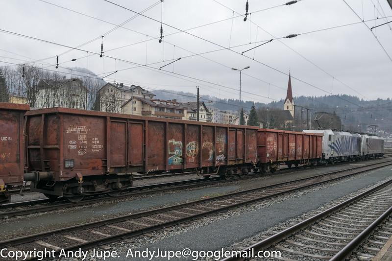 31805376199-1_a_Eanos-x_ntn01520_Kufstein_Austria_16022016