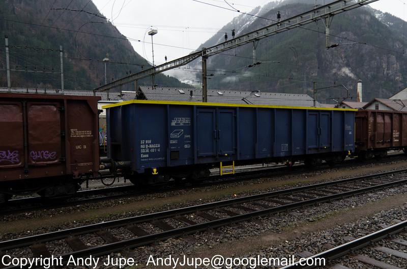 37805336401-4_a_Eaos_49005_Erstfeld_Switzerland_01022013