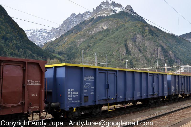 37805336401-4_a_Eaos_49005_Erstfeld_Switzerland_17102012