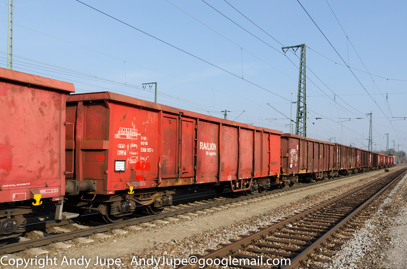 31805368057-1_a_Eaos-x_un594_München_Trudering_Germany_07032014