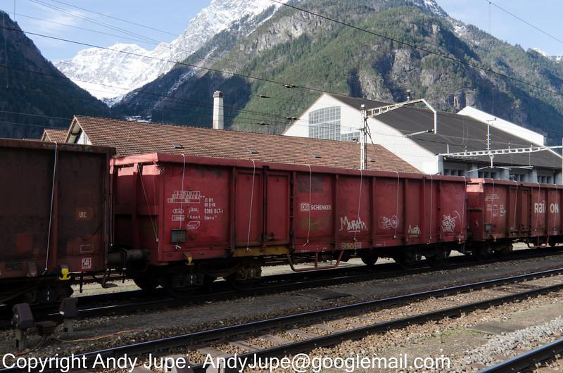 31805369047-1_a_Eaos-x_47025_Erstfeld_Switzerland_31012013