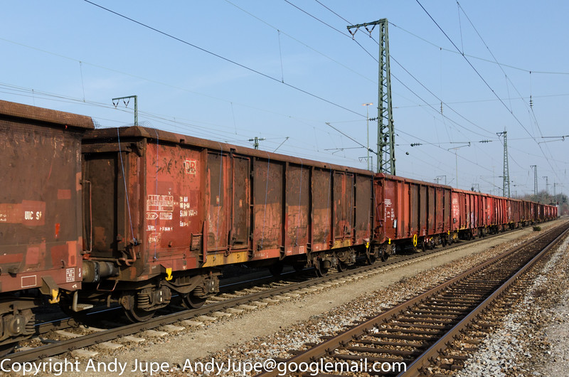 31805400144-7_a_Eaos-x_un594_München_Trudering_Germany_07032014