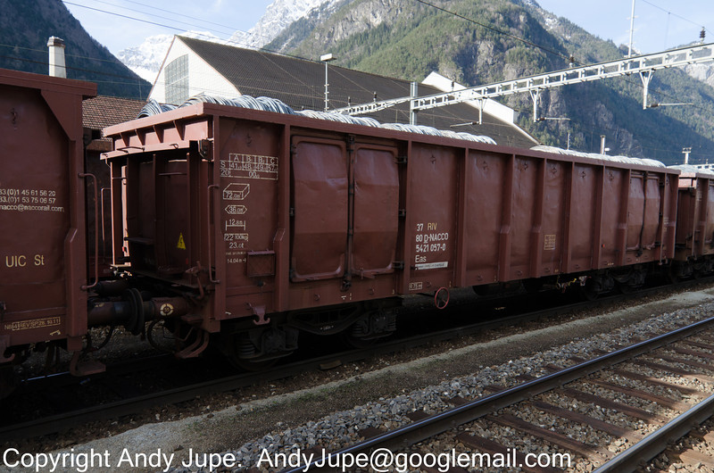 37805421057-0_a_Eas_49005_Erstfeld_Switzerland_31012013