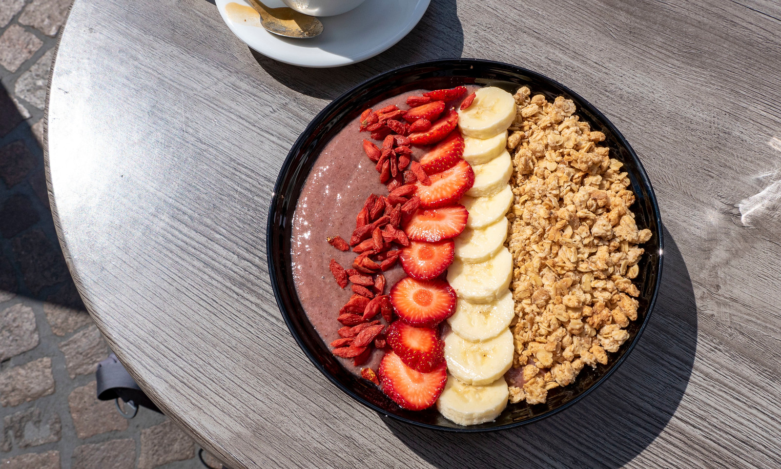 Spectacular Things to Do in Heidelberg Germany - Vegan smoothie bowl