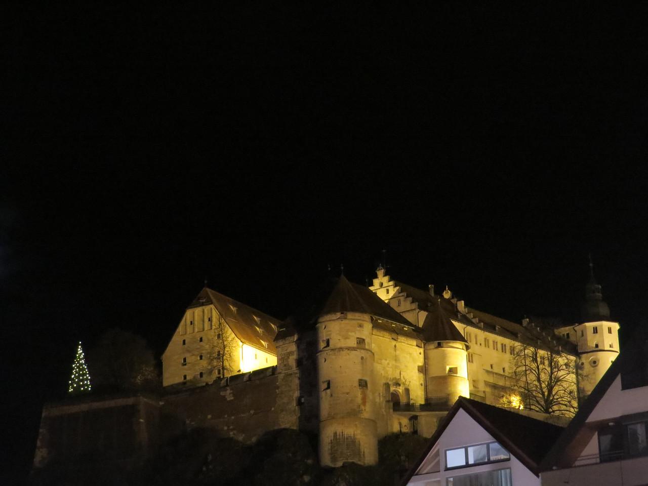 Hellenstein Castle at night