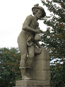 "Mercury  ""God of Merchants and Thieves"" on the Puppenrücke bridge"