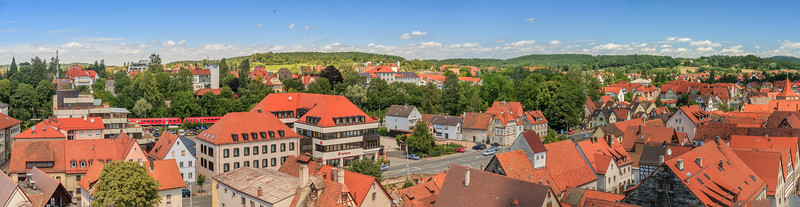 Blick vom Turm der Johanniskirche nach Norden auf den Kunigundenberg