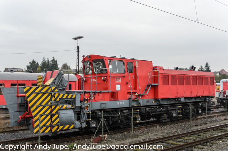 Class 716 Snowblower, number 716 002-1 sits at Fulda (D) on the 25th of October 2014