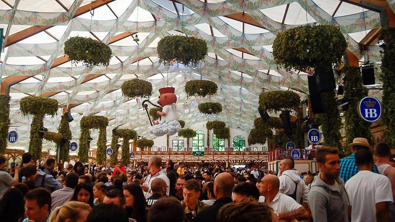 Oktoberfest Tips From A X Attendee Baldpacker - 10 best tents to visit at oktoberfest in munich