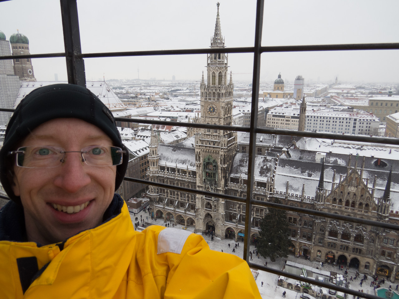 Overlooking the Neues Rathaus