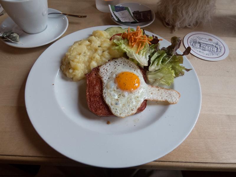 Lunch at Fürstliches Brauhaus